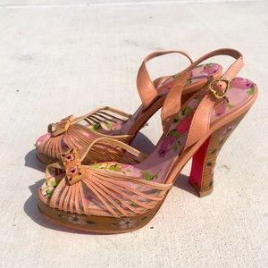 RARE Betsey Johnson painted stack heel pumps